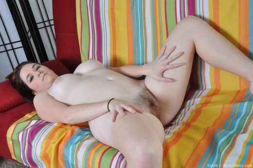 Волосатые малышки порно фото