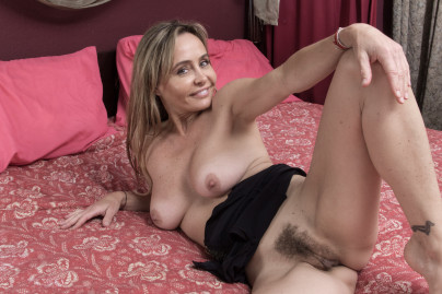 Hairy Teen Cunt Go 17