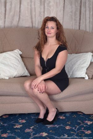 Cecelia Hart strips off her sexy black dress