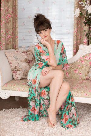 Kate Anne undresses elegantly in her boudoir